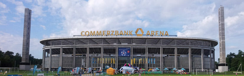 Commerzbank Arena ganz
