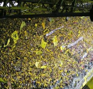 Signal Iduna Park Fans